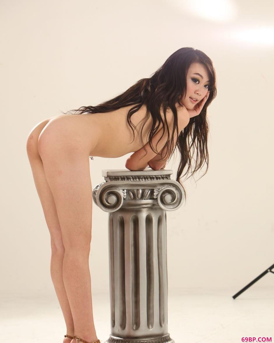 裸模栗子棚拍清纯美体2