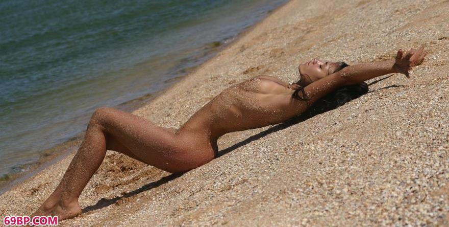 坦噶海滩景美嫩模更美5