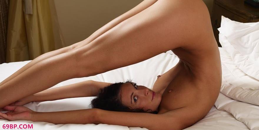 艳丽奥尔西在床上4