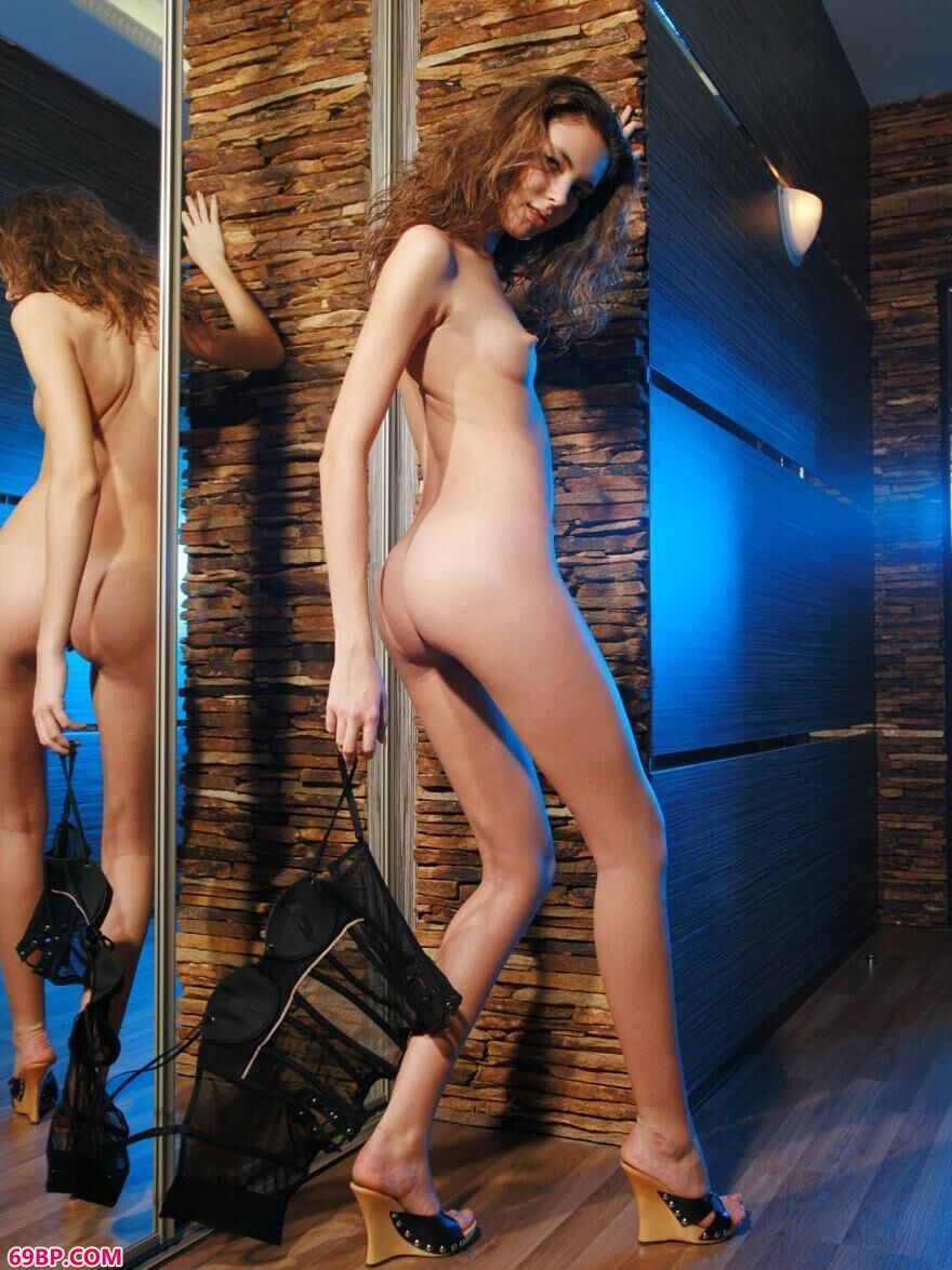 乌克兰人体裸模ALENA1